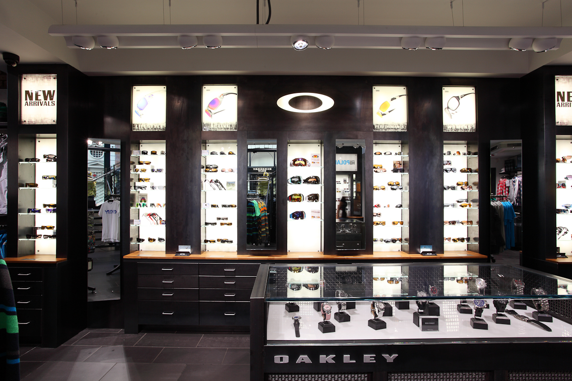 oakley store covent garden london. Black Bedroom Furniture Sets. Home Design Ideas